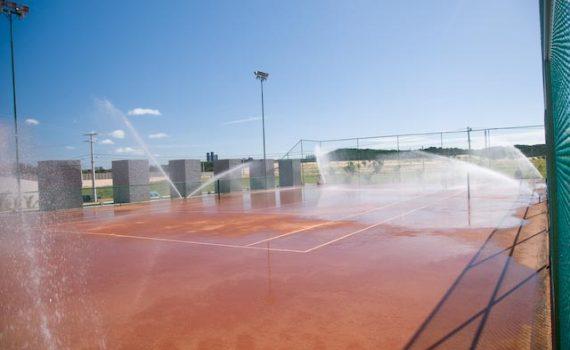 quadra-de-tenis-em-manutencao